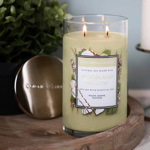 Colonial Candle duża świeca zapachowa sojowa w szkle tumbler 18 oz 510 g - Woodland Willow